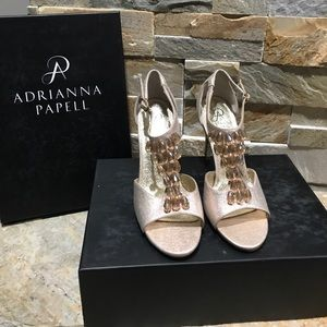 NEW!!! Adrianna Papell gold stardust heels